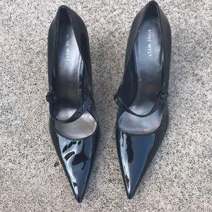 Nine West Mary Jane paten leather heels